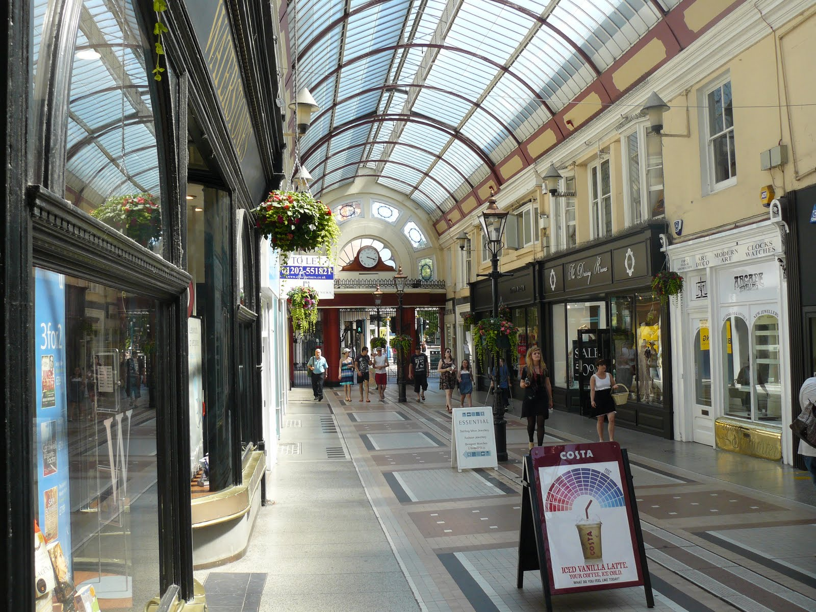 Henleys Property refurbishment Win Bournemouth Arcade